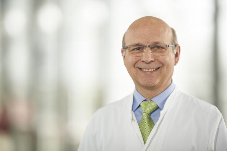Prof. Behr 01
