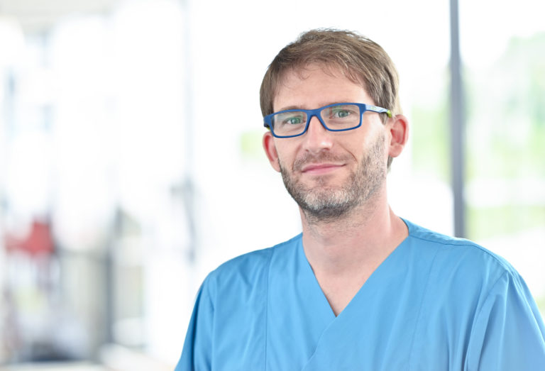 Dr. Felix Müller NEU